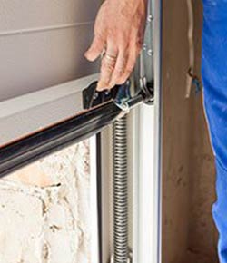 United Garage Door Service Arlington, VA 703-640-3441